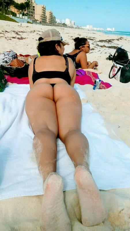 Cuckold Asian Wife Showing Ass On Beach